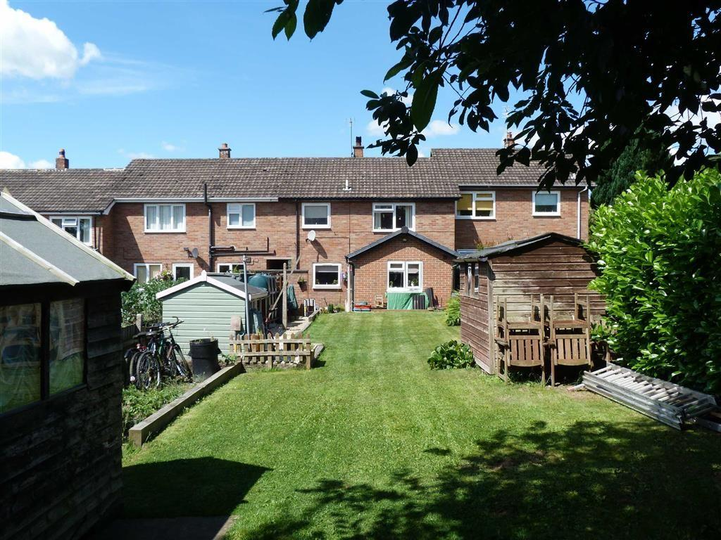 3 Bedrooms Terraced House for sale in Y Berllan, Llangedwyn, SY10