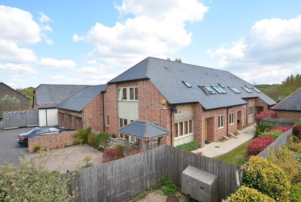 4 Bedrooms Semi Detached House for sale in Longham Farm Close, Ferndown