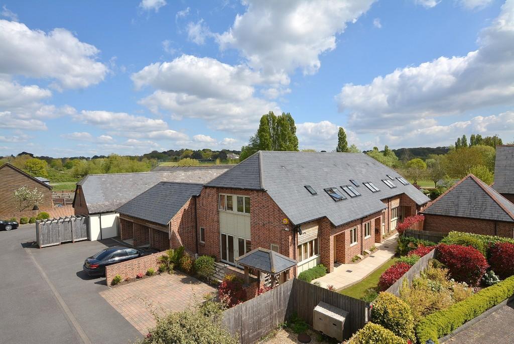 4 Bedrooms Semi Detached House for sale in Longham Farm Close, Ferndown