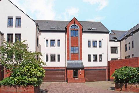 2 bedroom flat to rent - EXETER