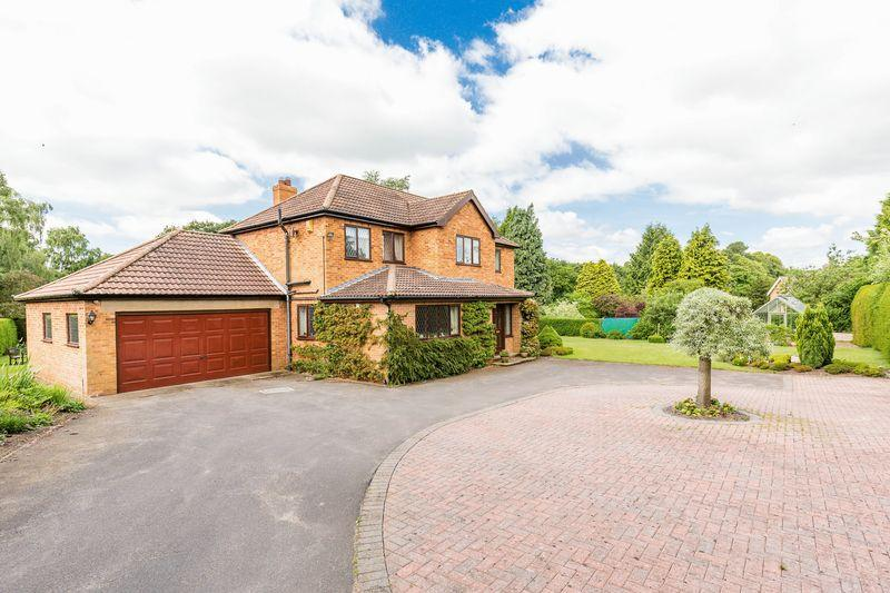 4 Bedrooms Detached House for sale in Barnetby Lane, Elsham
