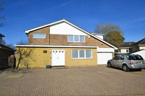 5 bedroom detached house to rent - The Spinneys, Bickley, Bromley