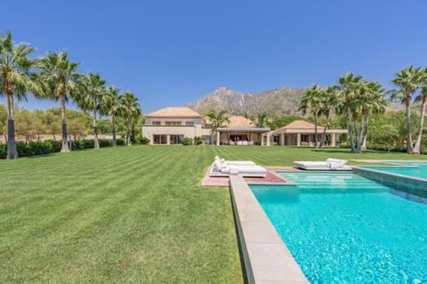 9 bedroom villa  - Quinta de Sierra Blanca, Marbella, Malaga