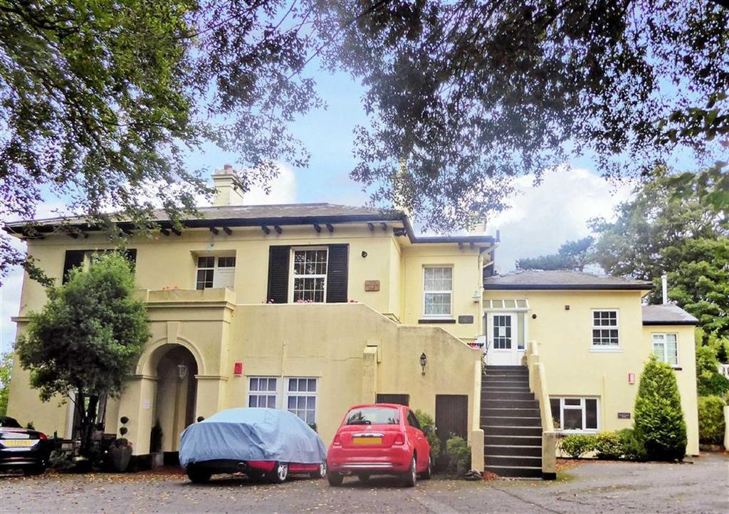 2 Bedrooms Apartment Flat for sale in Ridgeway Road, Torquay, TQ1