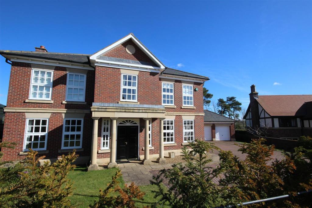 5 Bedrooms Detached House for sale in Swainston Close Wynyard, Billingham