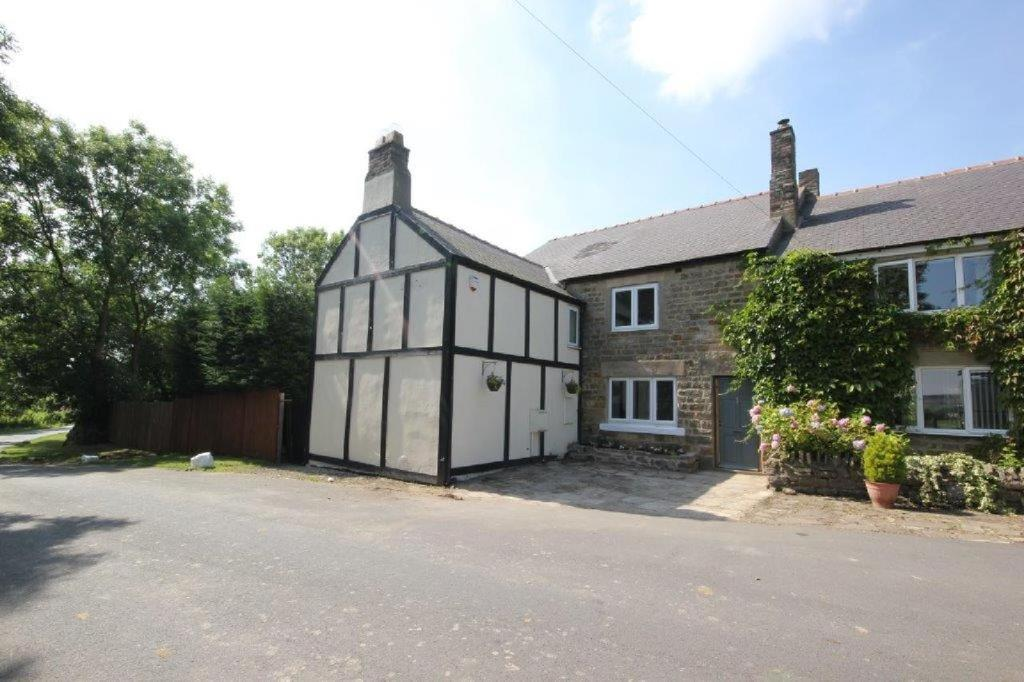 4 Bedrooms Semi Detached House for sale in Old White Lea Nr Roddymoor, Crook