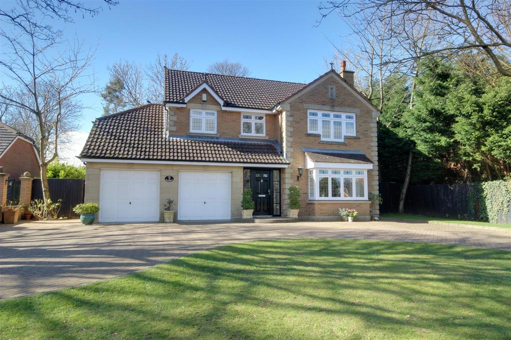 4 Bedrooms Detached House for sale in The Paddocks, Kirkella