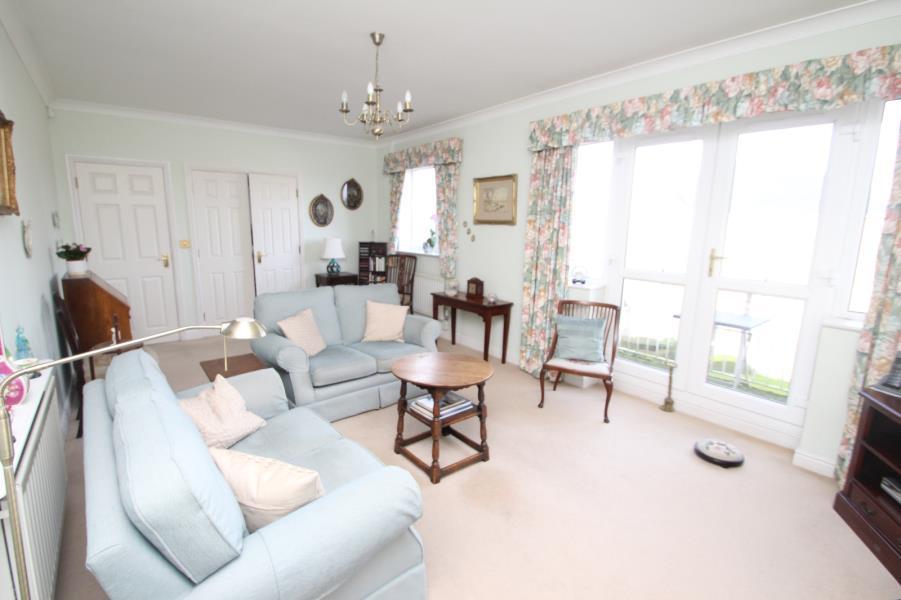3 Bedrooms Flat for sale in NORTHVIEW, KIRKGATE, SHIPLEY, BD18 3LR