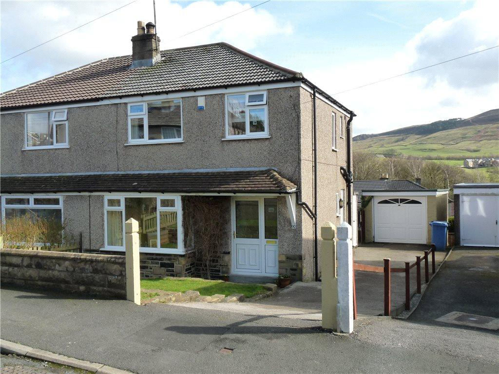 3 Bedrooms Semi Detached House for sale in Regent Crescent, Skipton