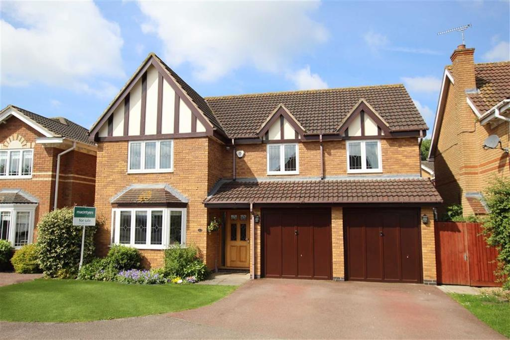 5 Bedrooms Detached House for sale in 6, John Clare Close, Brackley