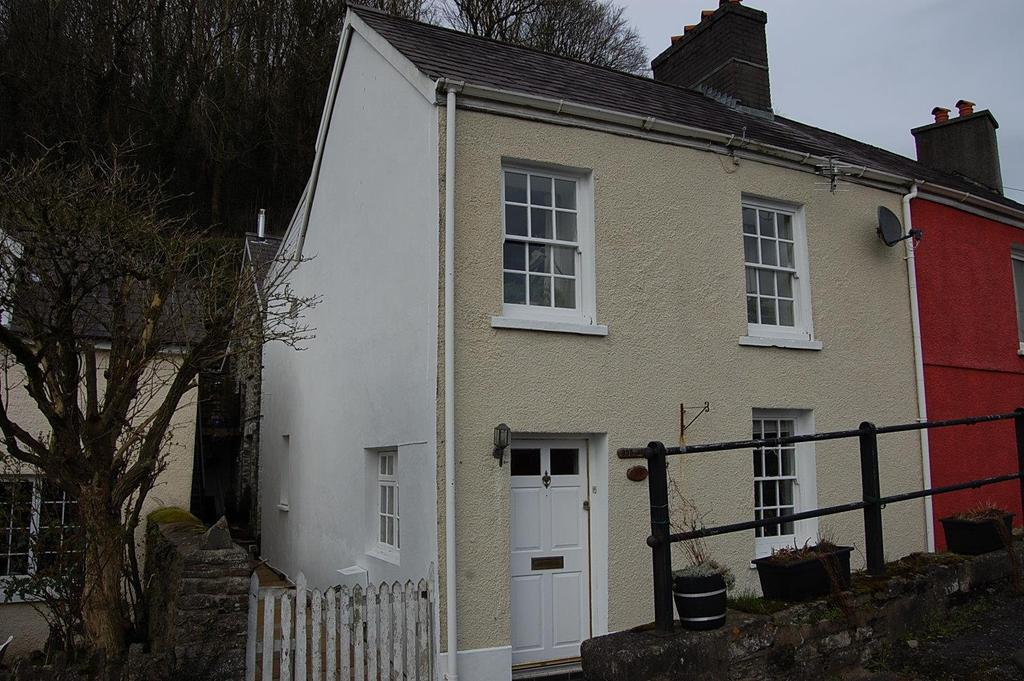 3 Bedrooms Terraced House for sale in Bridge Street, Llandeilo