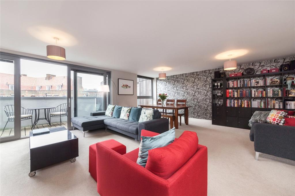 2 Bedrooms Flat for sale in Hornsey Road, Holloway, London