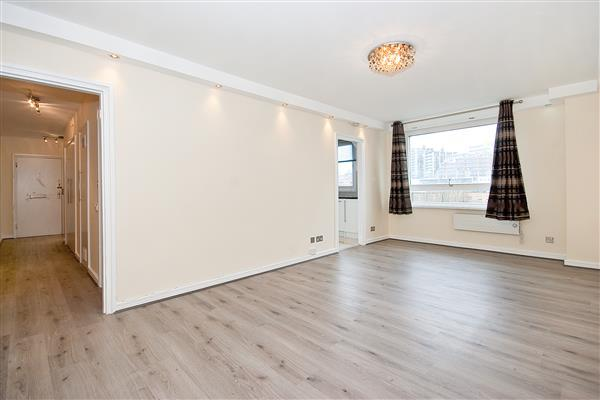 1 Bedroom Flat for sale in THE WATER GARDENS, HYDE PARK, W2
