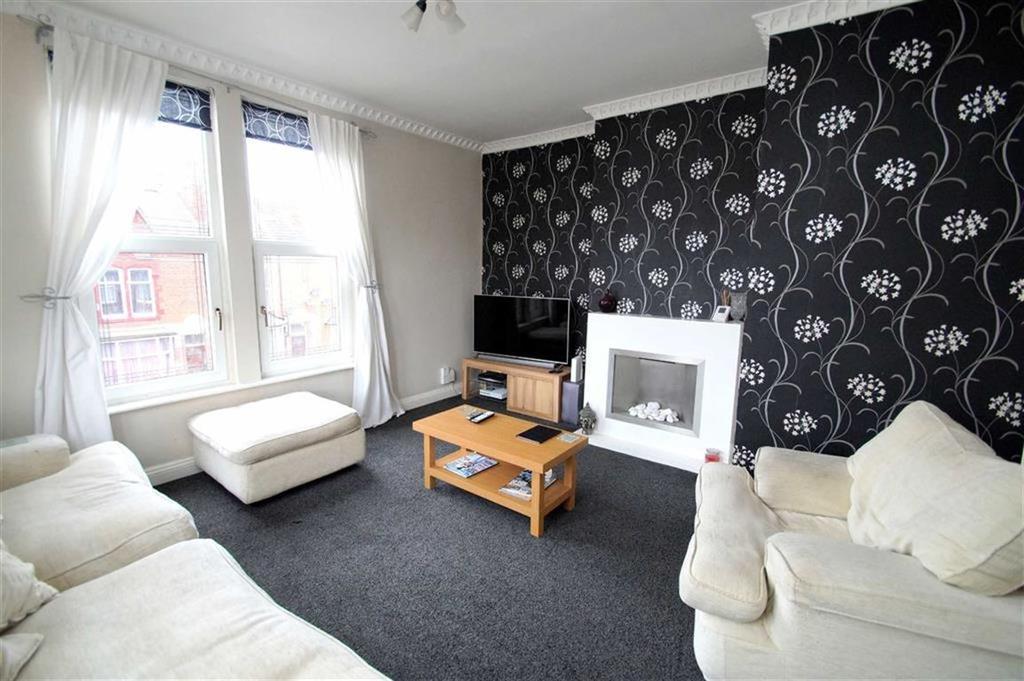 2 Bedrooms Duplex Flat for sale in William Avenue, Leeds