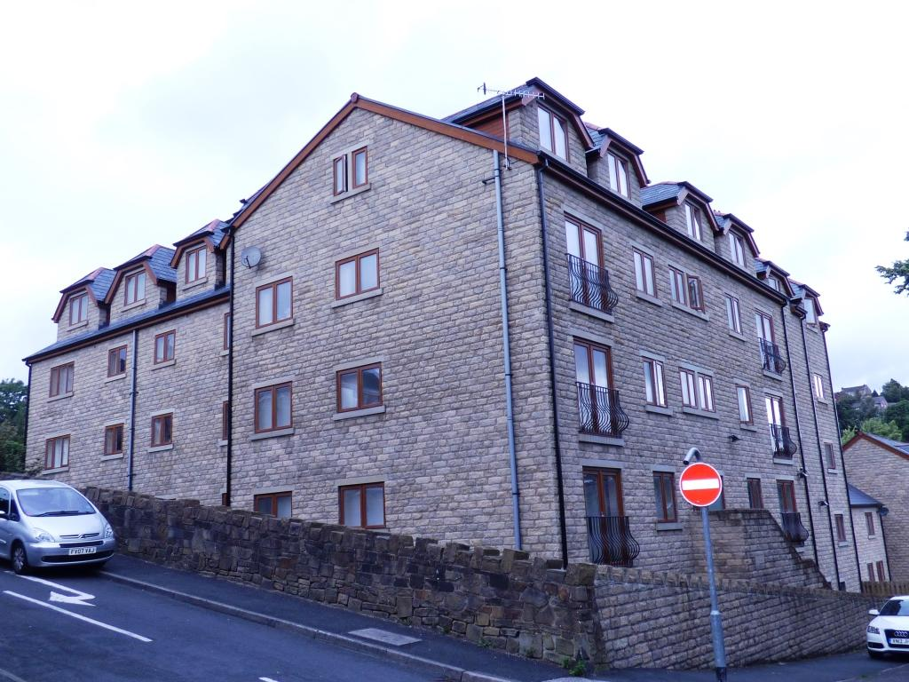 2 Bedrooms Apartment Flat for rent in Birberry Court, Birbeck Street, Mossley, Ashton Under Lyne OL5