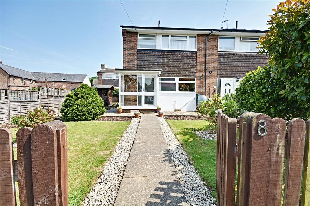 3 Bedrooms Semi Detached House for sale in Ocklynge Priory, Little Common