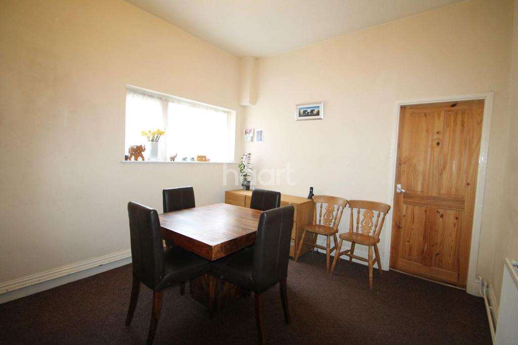 6 Bedrooms Semi Detached House for sale in Gedling Grove, Arboretum