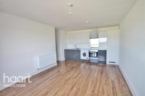 2 bedroom flat to rent - Miller Heights, ME15