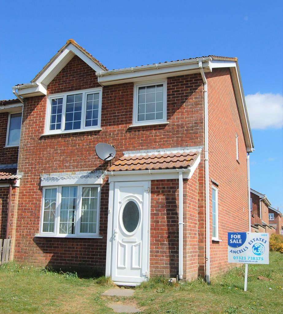 3 Bedrooms Terraced House for sale in Northcote Lane, Peacehaven BN10 7ED