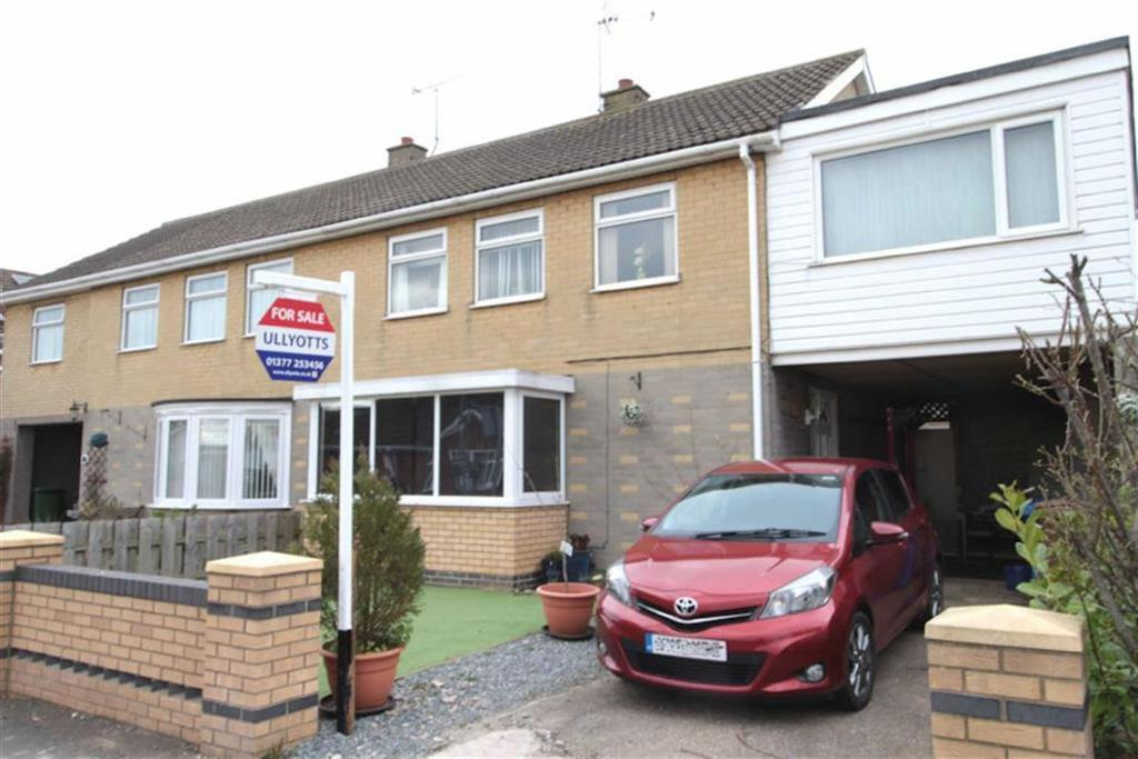 4 Bedrooms Semi Detached House for sale in The Mount, Driffield, East Yorkshire