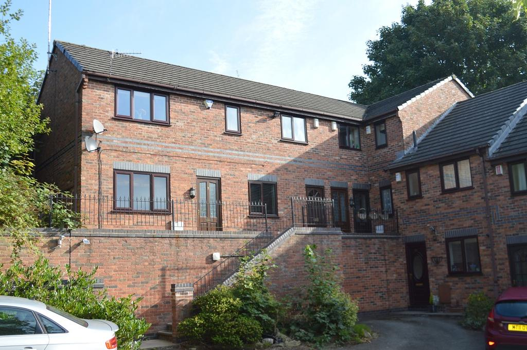 2 Bedrooms Apartment Flat for sale in Pownall Square