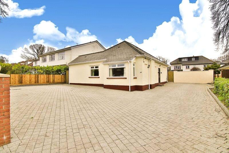3 Bedrooms Detached Bungalow for sale in Rhydypenau Road, Cyncoed, Cardiff, CF23