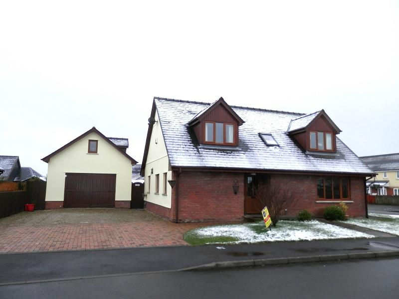 3 Bedrooms Detached House for sale in Tai Cae Mawr , Llanwrtyd Wells, Powys.