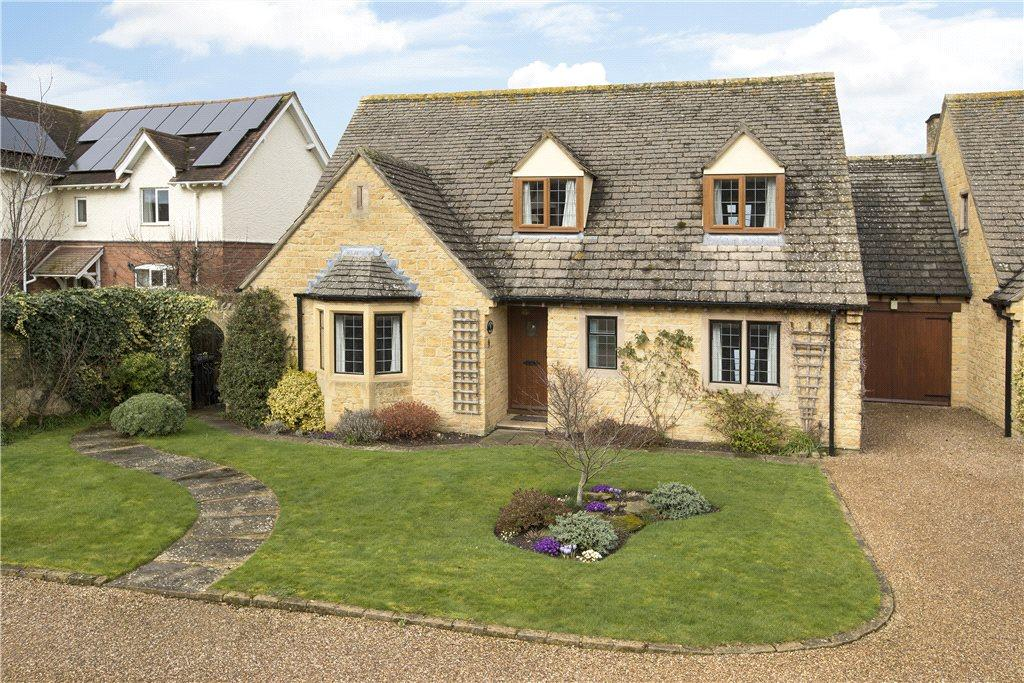 3 Bedrooms House for sale in Bearcroft Gardens, Mickleton, Gloucestershire, GL55