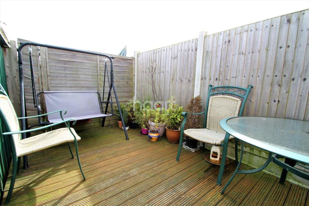 1 Bedroom Flat for sale in Croft Road