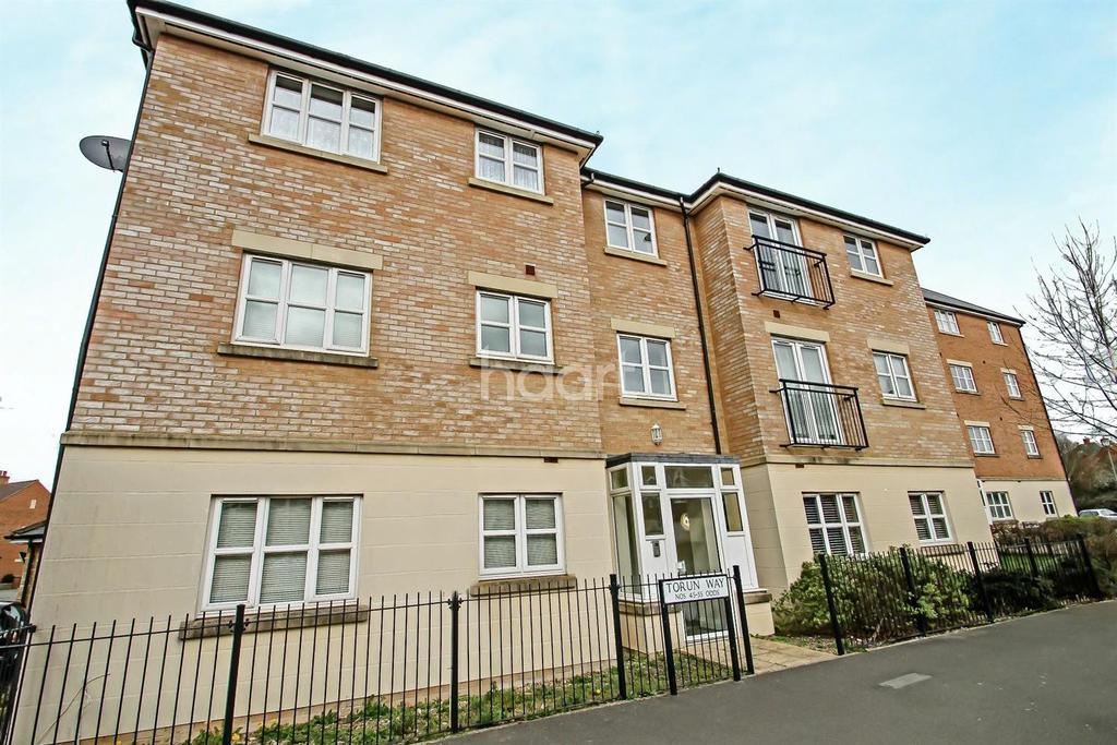 2 Bedrooms Flat for sale in Torun Way, Haydon End, Swindon