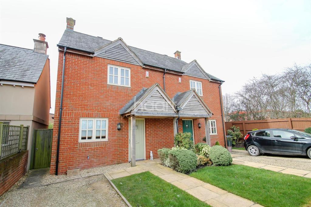3 Bedrooms Semi Detached House for sale in Brooklands, Royal Wootton Bassett, Wiltshire