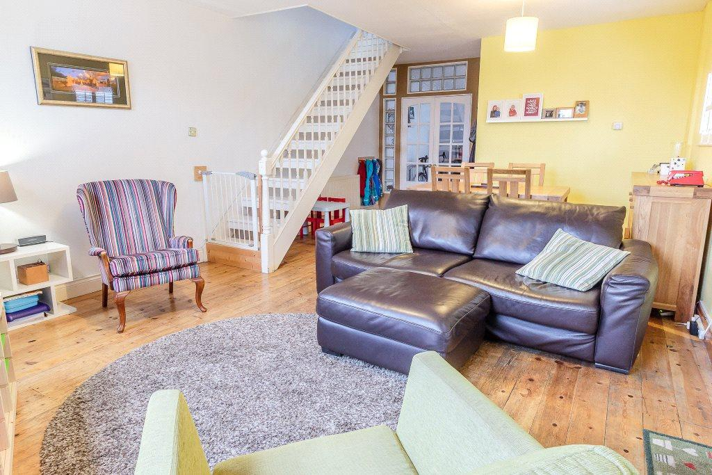 3 Bedrooms House for sale in The Coach House, Rear of 71 Hyde Terrace, Gosforth, Newcastle Upon Tyne, Tyne Wear