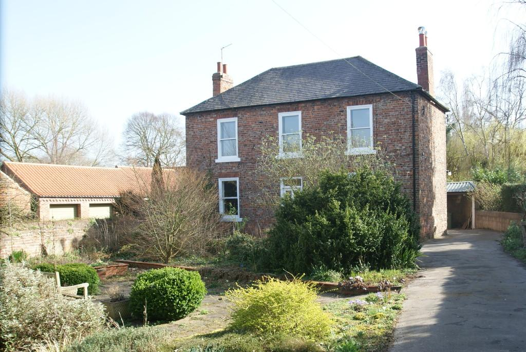 4 Bedrooms Detached House for sale in Church Street, Misson