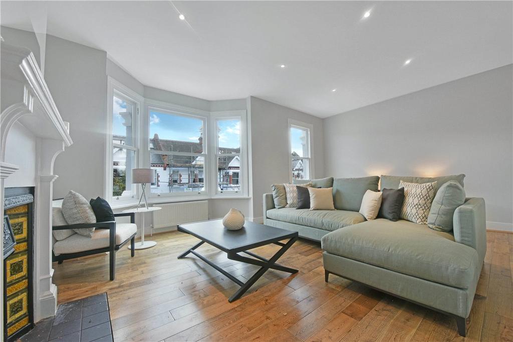 2 Bedrooms Maisonette Flat for sale in Harbord Street, London, SW6