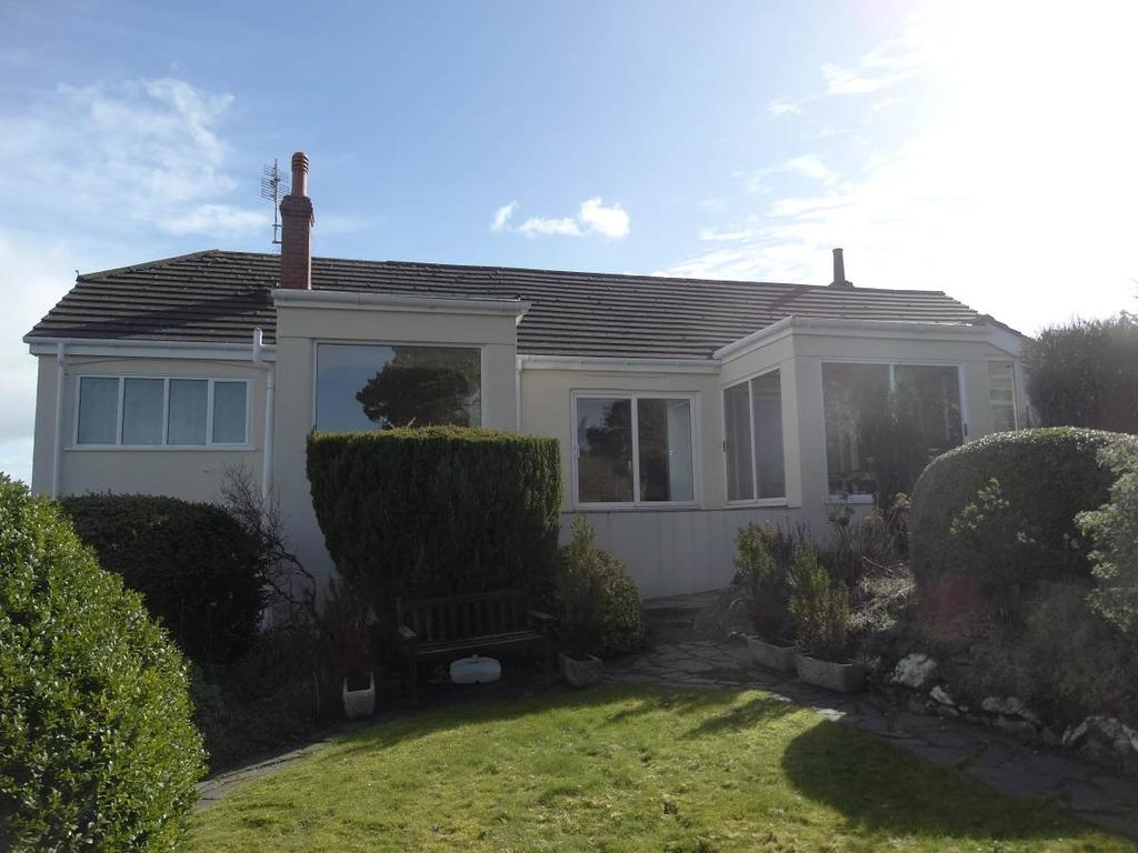 4 Bedrooms Detached House for sale in The Chalet 54 Pen Y Bryn Road, Upper Colwyn Bay, LL29 6AG
