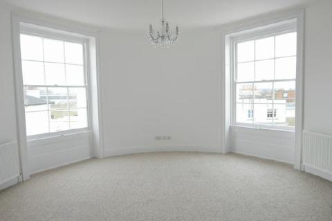 1 bedroom flat to rent - AVONDALE HOUSE - CARLTON CRES - UNFURN