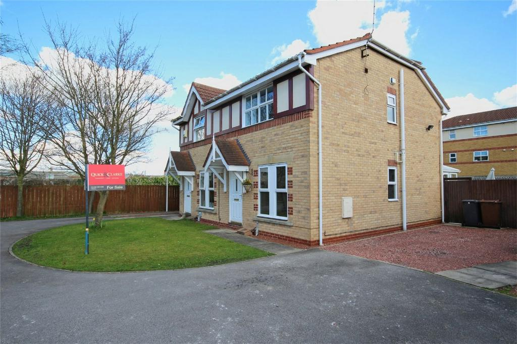 3 Bedrooms Semi Detached House for sale in Bermondsey Drive, Hull, East Riding of Yorkshire