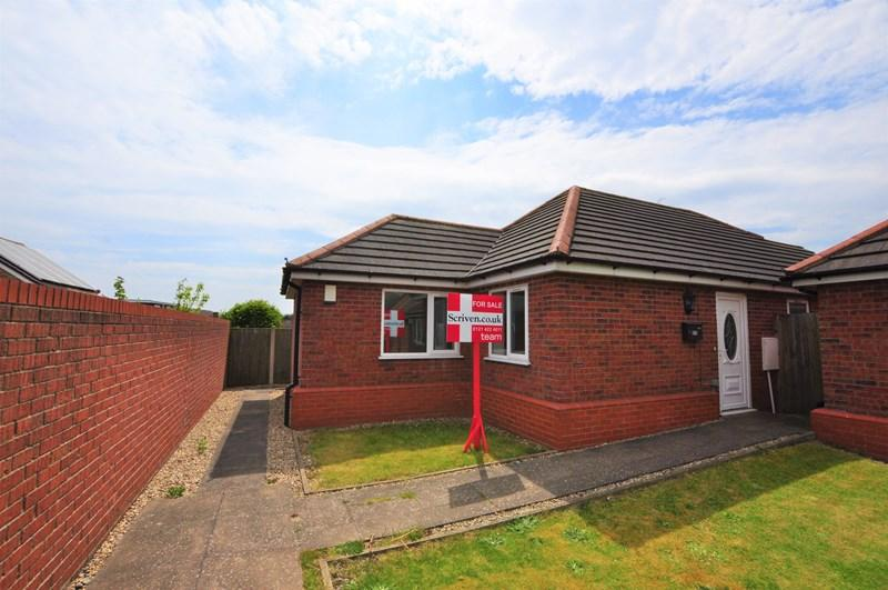 2 Bedrooms Detached Bungalow for sale in Wall Well, Halesowen