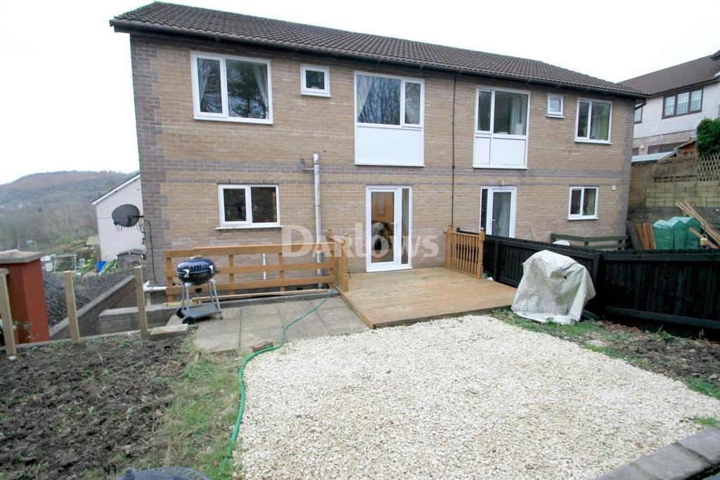 4 Bedrooms Semi Detached House for sale in 82 Greenfield, Newbridge,