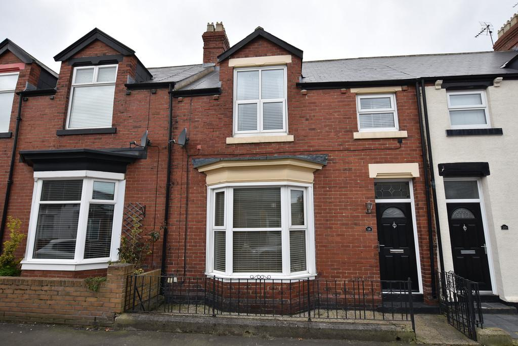 3 Bedrooms Terraced House for sale in Dinsdale Road, Roker