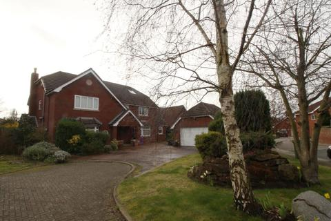 5 bedroom detached house to rent - Barchester Drive