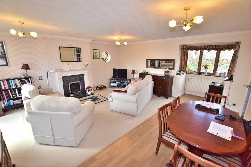 3 Bedrooms Detached Bungalow for sale in Olliver Road, Richmond, North Yorkshire