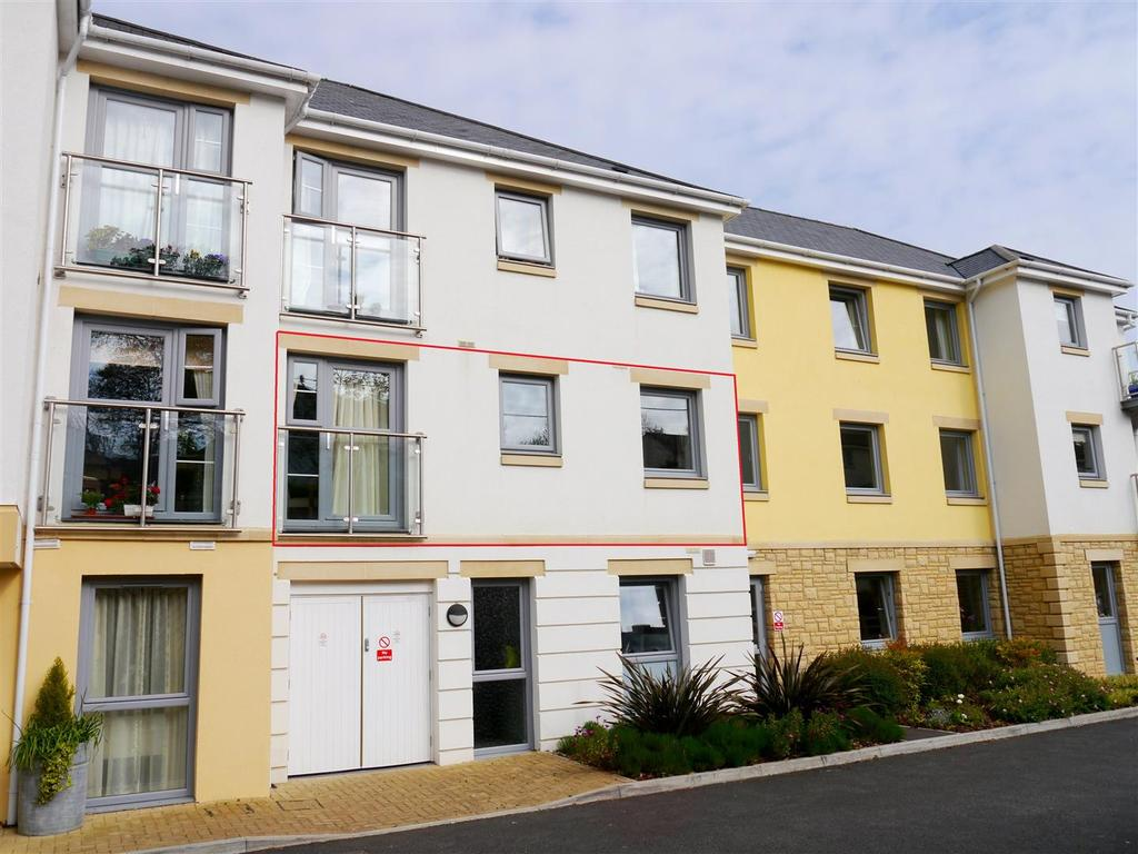 1 Bedroom Flat for sale in Tregolls Road, Truro