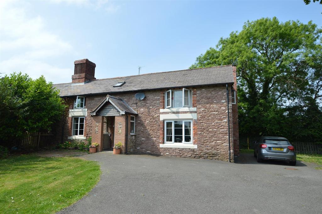 3 Bedrooms Semi Detached House for sale in 2 Green Cottages, Halfway House, Shrewsbury, SY5 9DU