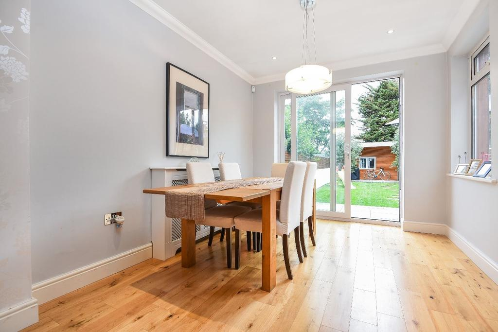 4 Bedrooms Terraced House for sale in Kent House Lane Beckenham BR3