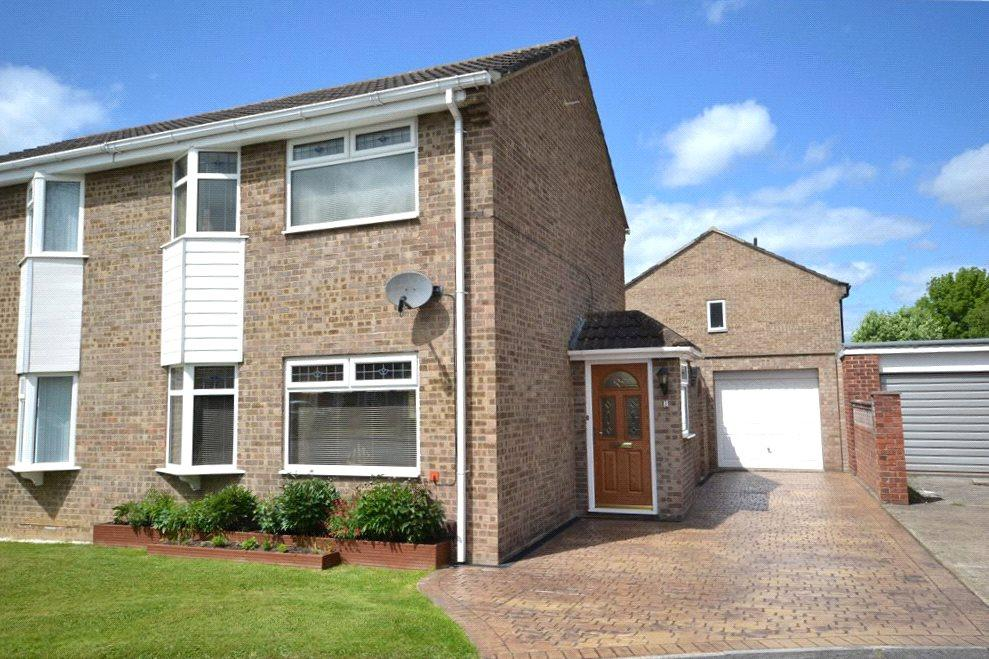 2 Bedrooms Semi Detached House for sale in Knaith Close, Yarm, Stockton-On-Tees