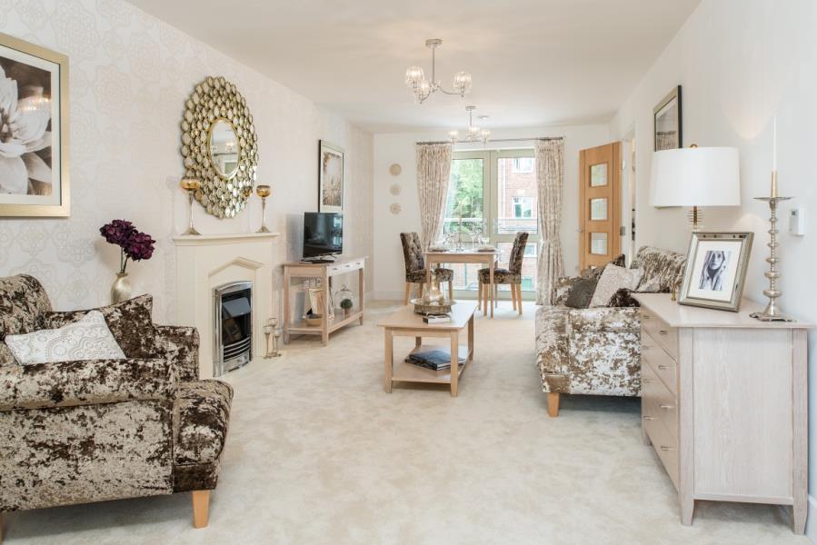 2 Bedrooms Retirement Property for sale in CHESTERTON COURT, RAILWAY ROAD, ILKLEY,LS29 8JB