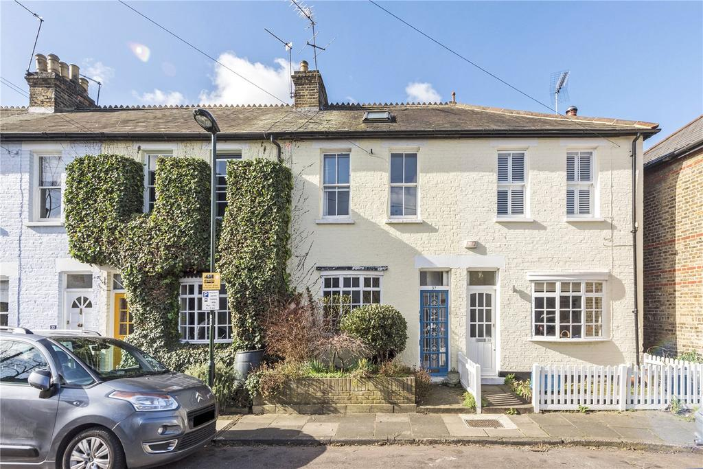2 Bedrooms Terraced House for sale in Victoria Road, East Sheen, London, SW14