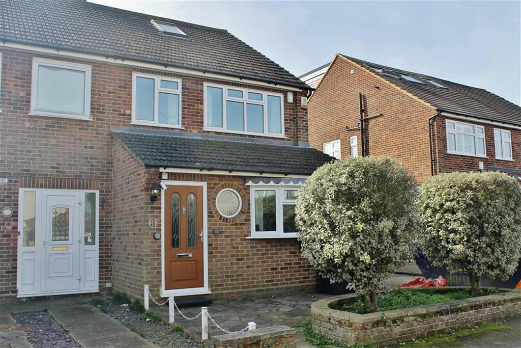 3 Bedrooms Semi Detached House for sale in Nursery Road, Meopham