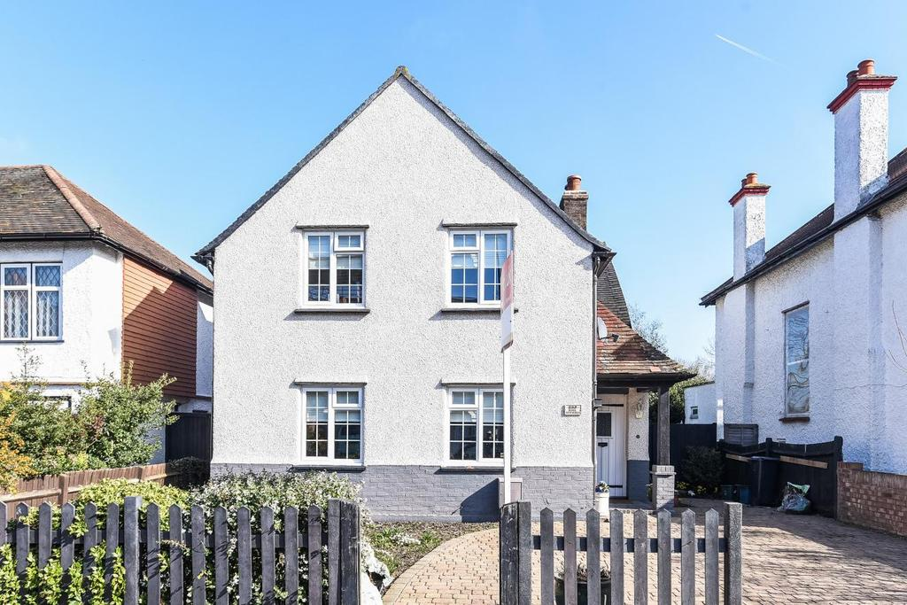 4 Bedrooms Detached House for sale in Norbury Avenue, Norbury, SW16